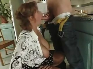 Slut Mature Fucks Stepson Of Neighbouring