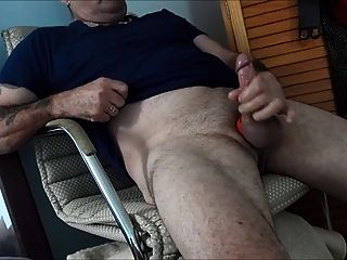 Horny Dads With Thick Loads