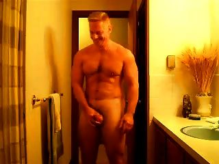 Str8 Muscle Daddy Flexing Posing And Jerking
