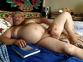 Beefy In Bed