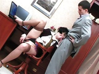 Hot mature bitch enjoys hard anal sex