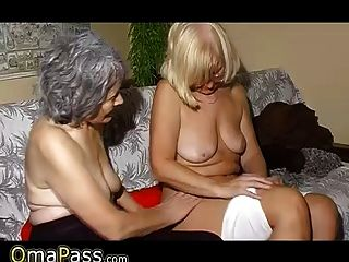 Omapass Old Lesbian Couple Masturbating Pussy With Toy