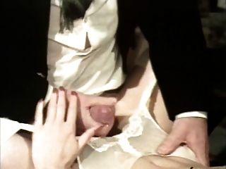 Bumsfidele Hochzeitsnacht (cuckold Group Sex Scene)