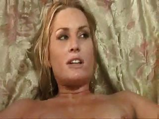 Cuck watches southern wife take bbc and cleans up 10