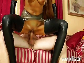 Hot Blond Milf Fist Fucked In Her Loose Snatch