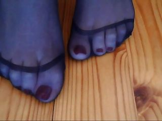 Young Nylon Feet Princess Rina Foxxy