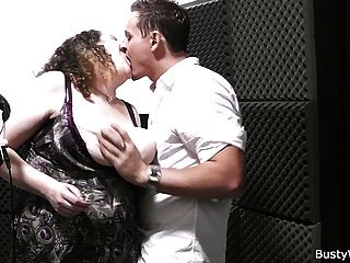 Bbw Singer Takes It From Behind At Work