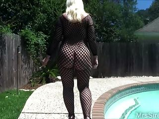 Outside in laddered ff nylon - 1 part 1
