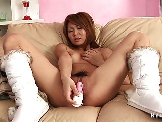 Akemi seo jav cougar begging for rough sex