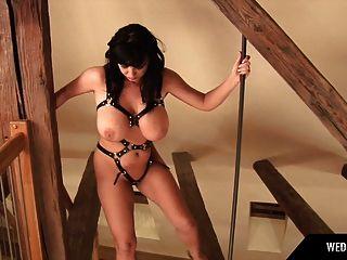Kora Kryk Busty Babe She Like Fetish Dress