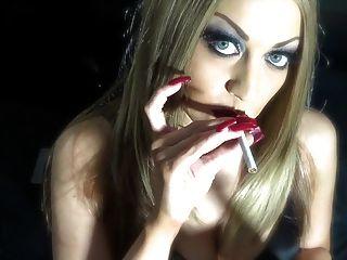 Red Nails Smoking