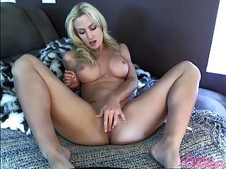 Blonde Gives Great Blowjob Tease