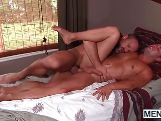 Luke Enjoys A Good Morning Pounding From Horny Dirk Caber