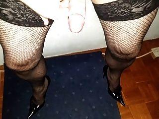 Massive Cumshot In Fishnet And Heels