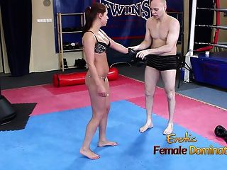 Girl Beating Up A Loser Int He Gym Then Starts To Smother