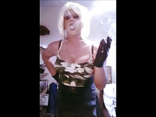 Samantha Jane Smoking Slideshow