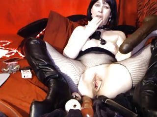 Mature Web Slave With Dildos