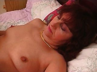 Two Crazy Hairy Pussy Shaved And Fisting