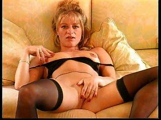 Horny Amanda