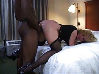 Nikki Slave