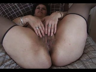 mature hairy solo tubes