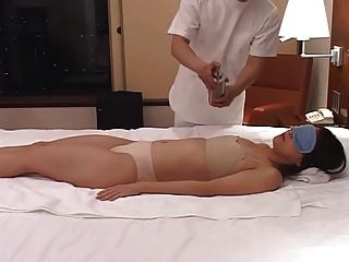 japanese wife massage home