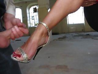 Trample cum under her foot tube